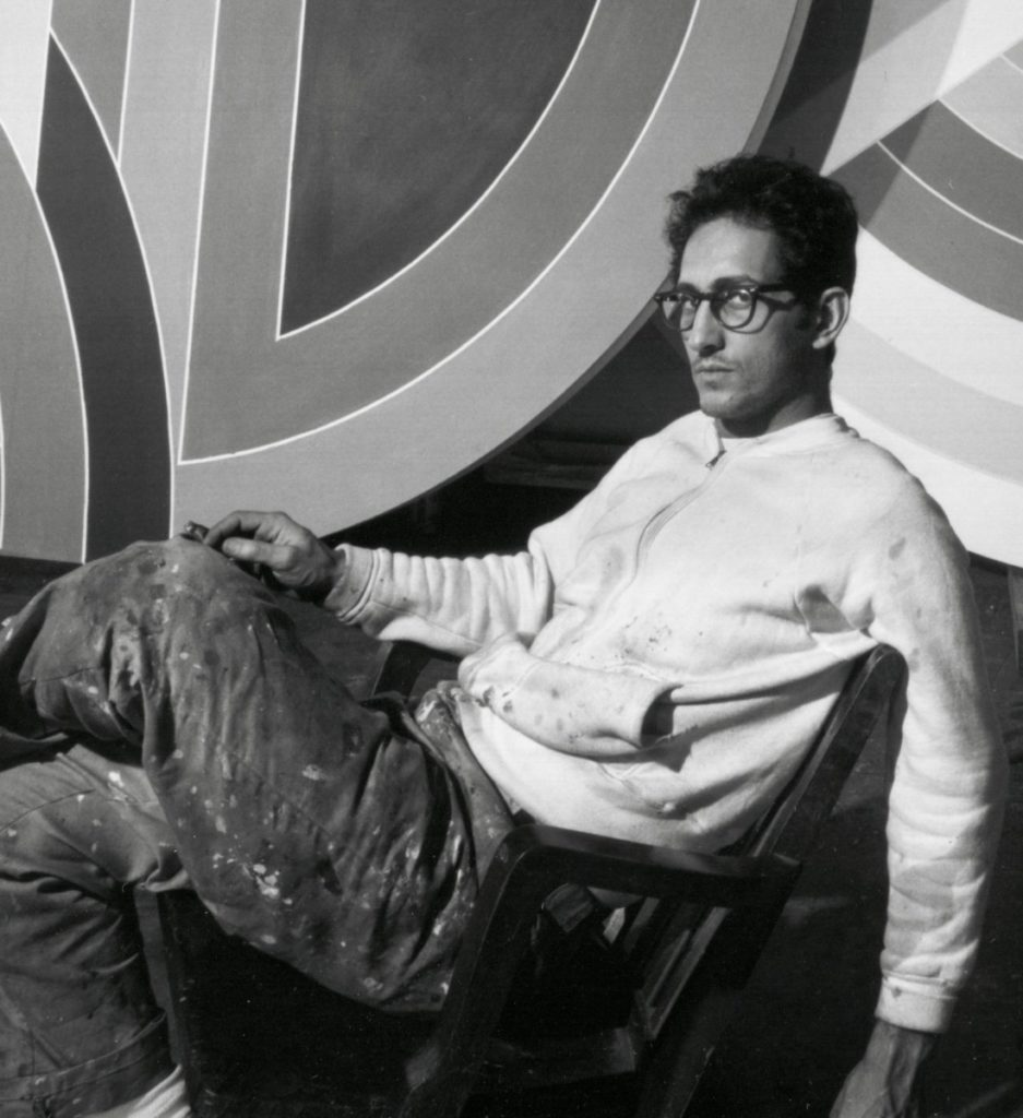 Frank Stella- Life, paintings, contribution, death- Easy explanation | artandcrafter.com Minimalism