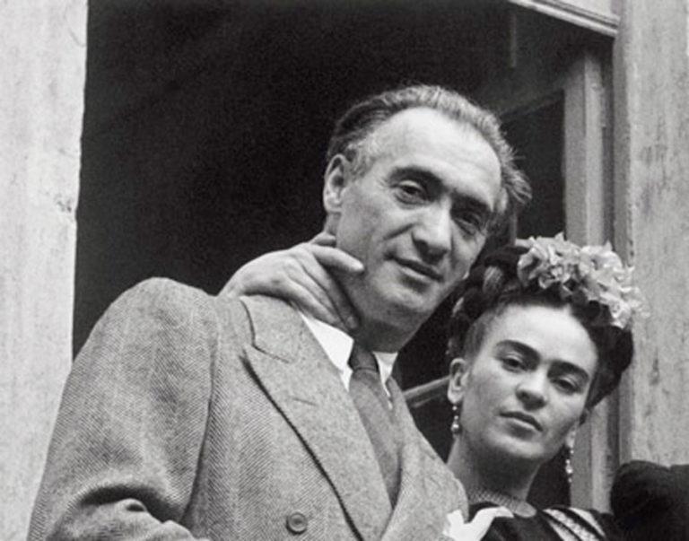 Frida Kahlo- Life, paintings, contribution, death- Easy explanation | artandcrafter.com Surrealism