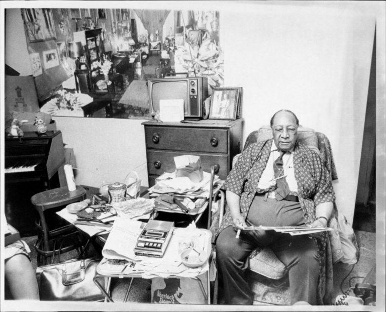 James Van Der Zee- Facts, Overview, complete life- At glance | artandcrafter.com Harlem renaissance