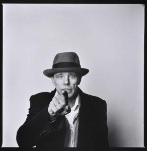Joseph Beuys- Biography | short notes | Top artworks – artandcrafter.com Conceptual art