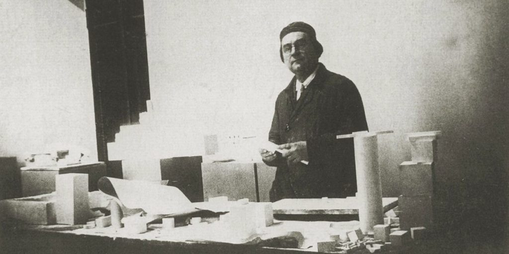 Kazimir Malevich- Facts, Overview, complete life- At glance | artandcrafter.com Cubism