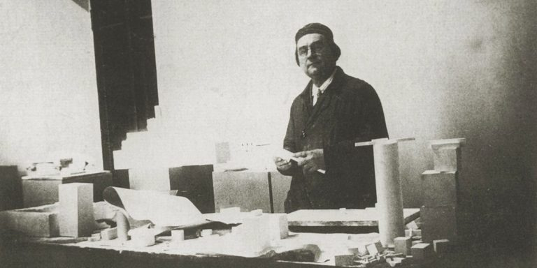 Kazimir Malevich- Facts, Overview, complete life- At glance   artandcrafter.com Cubism