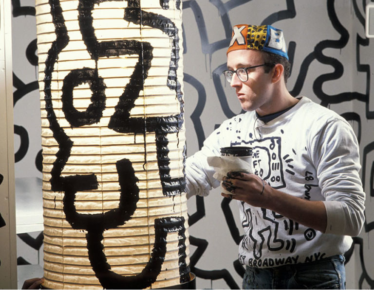 Keith Haring- Short notes   Know everything in seconds-artandcrafter.com Contemporary art