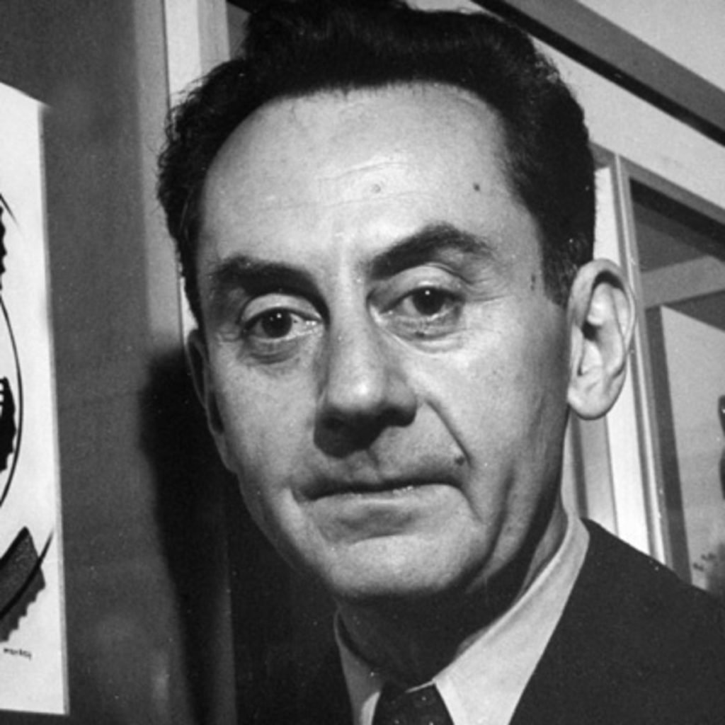Man Ray- Facts, Overview, complete life- At glance | artandcrafter.com Dada