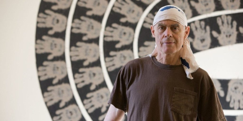 Richard Long- Short notes | Know everything in seconds-artandcrafter.com Land art