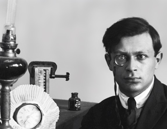 Tristan Tzara- Short notes | Know everything in seconds-artandcrafter.com Dada