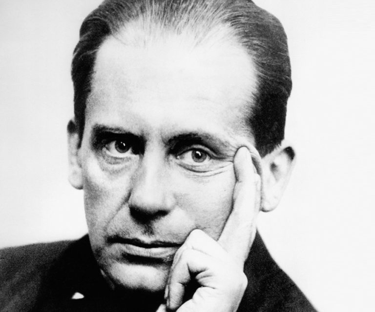 Walter Gropius- Life, paintings, contribution, death- Easy explanation | artandcrafter.com Bauhaus