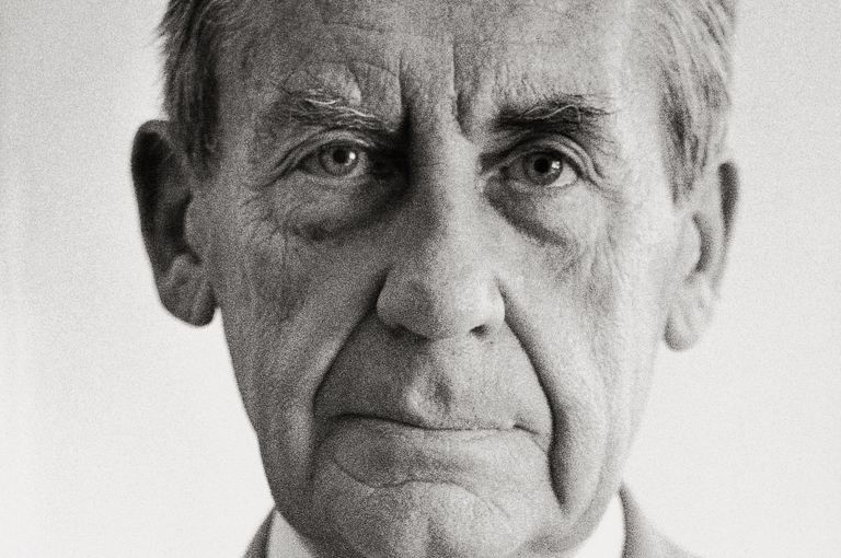 Walter Gropius- Facts, Overview, complete life- At glance | artandcrafter.com Bauhaus