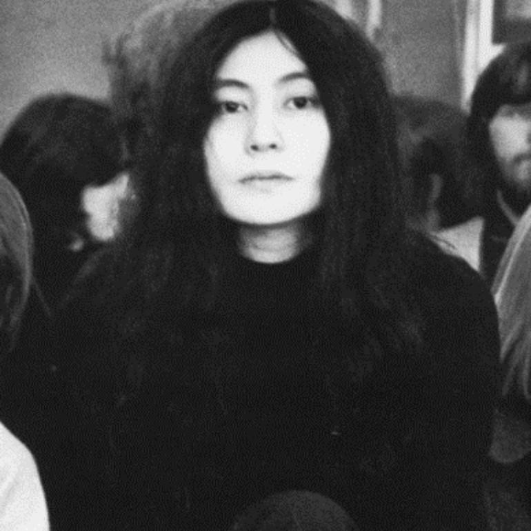 Yoko Ono- Biography | short notes | Top artworks – artandcrafter.com Conceptual art