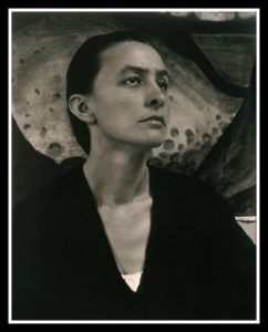 Georgia O'keeffe- Life, paintings, contribution, death- Easy explanation | artandcrafter.com Vanitas